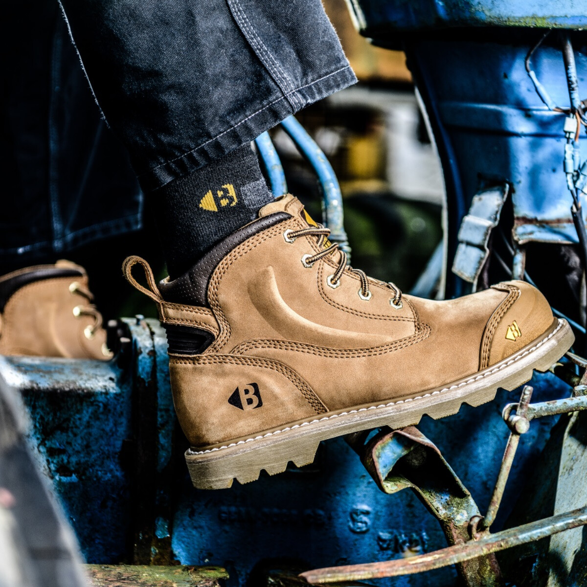 3f34b217685 Buckler Boots B650SM Honey Nubuck Leather Goodyear Welted Safety Boot SB P  HRO SRC