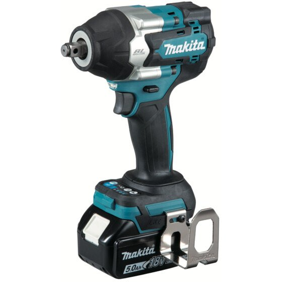 """Makita DTW700RTJ 18v 1/2"""" Square Drive Impact Wrench 700Nm with 2 Batteries in Case"""