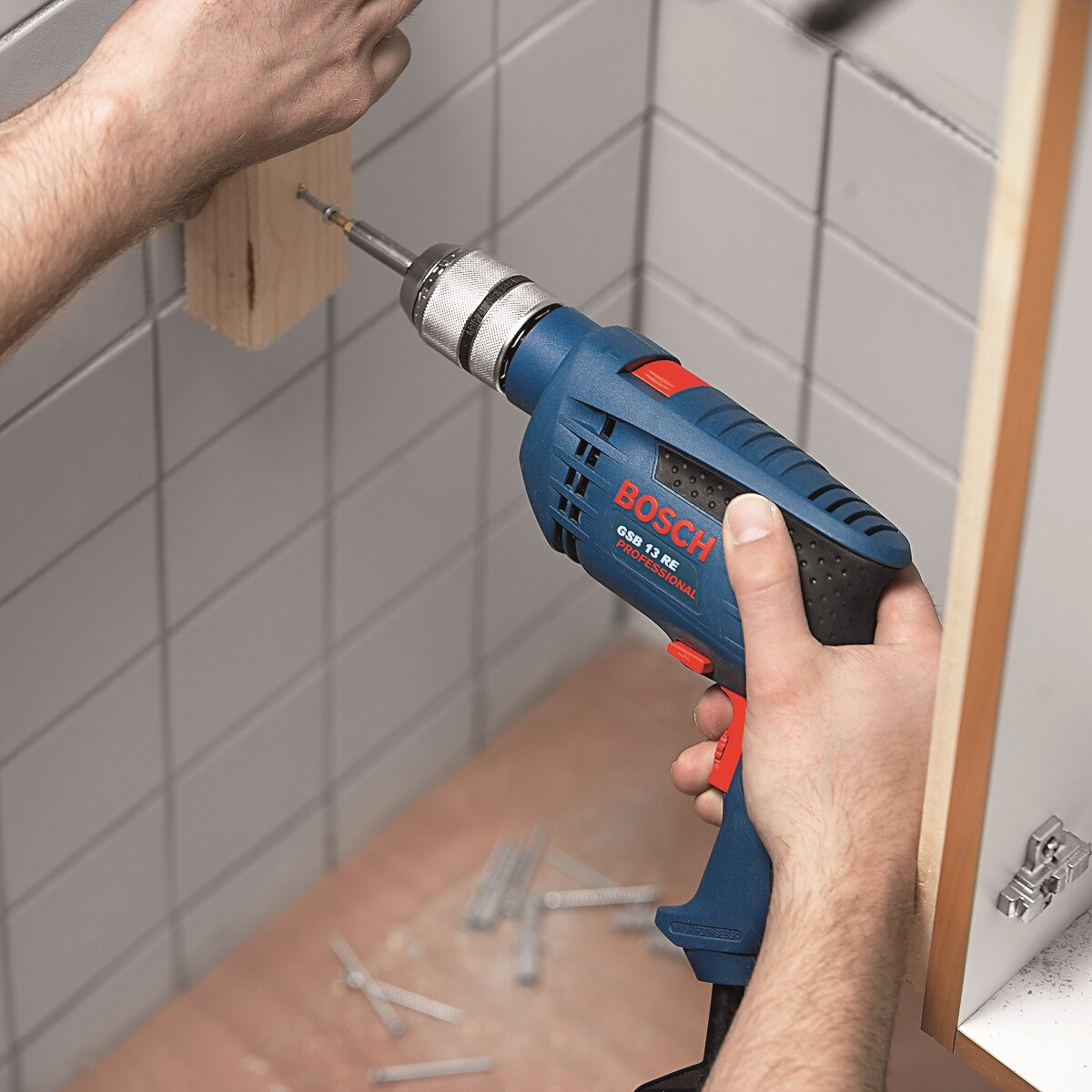 bosch gsb 13 re 13mm impact drill 600w from lawson his. Black Bedroom Furniture Sets. Home Design Ideas