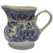 Churchill WBMBCJG2 Blue Willow Cream / Tea Jug (Clearance Item)